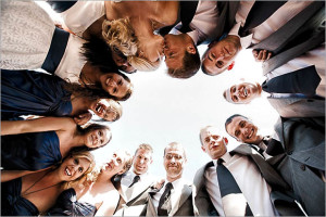 07-wedding-party-group-portrait-07
