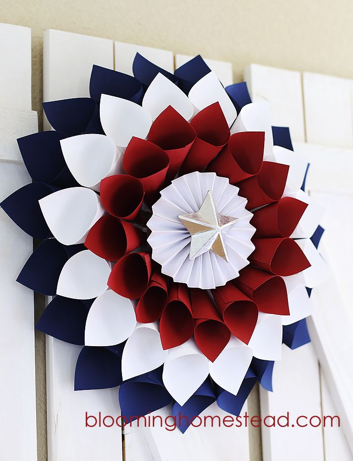 Diy july patriotic wreath for Americana crafts to make